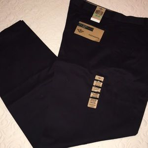 Dockers True Chino Pleated Relaxed Fit Pants